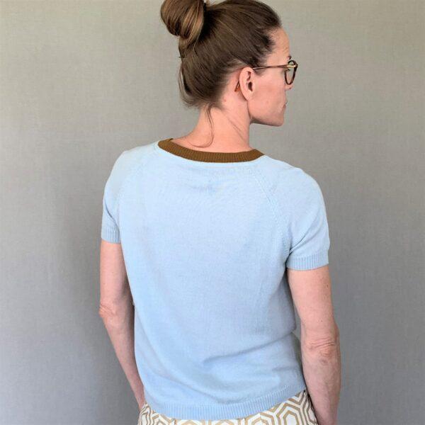 Kortærmet strikbluse, With a Twist no. 1 lyseblå