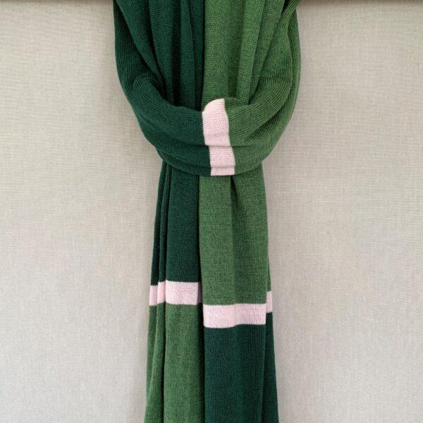 Halstørklæder, halsedisser og pulsvarmere i strik