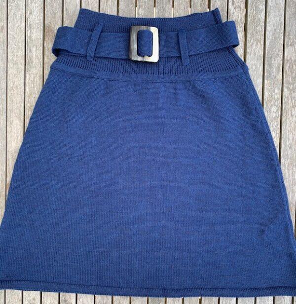 Strik nederdel, Classic no. 4 kornblå